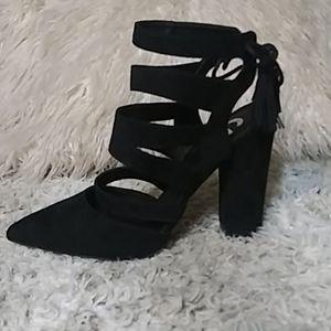 Guess black suede sandals sz 8.5-9 NWT